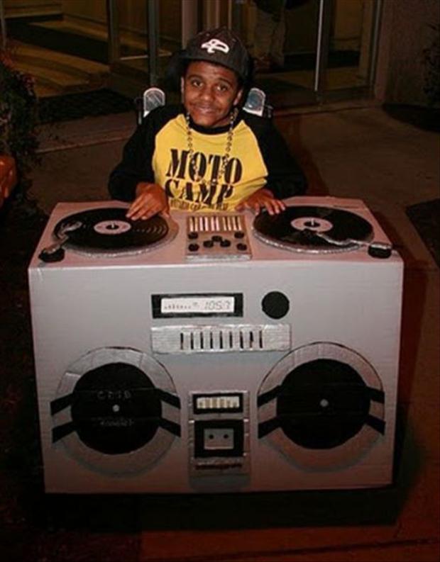 DJ-via DD